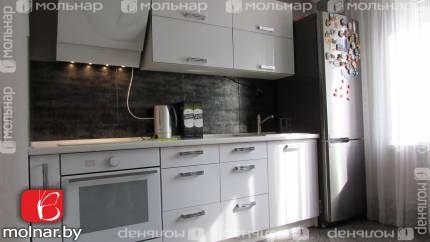 Продается 2-комнатная квартира в Зеленом Бору (Александрова, 17)