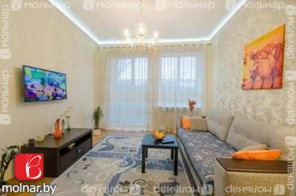 , 11   Продаётся уютная  двухкомнатная квартира-сталинка со свежим евроремонтом в самом центре