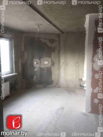 , 19  Продаётся просторная 1 комнатная квартира с интересной планировкой