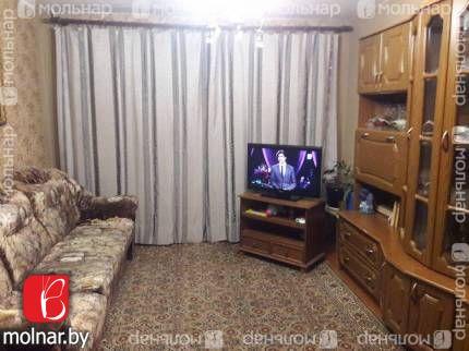Продаётся 2-х комнатная квартира в г.Борисове по б-ру Комарова,18
