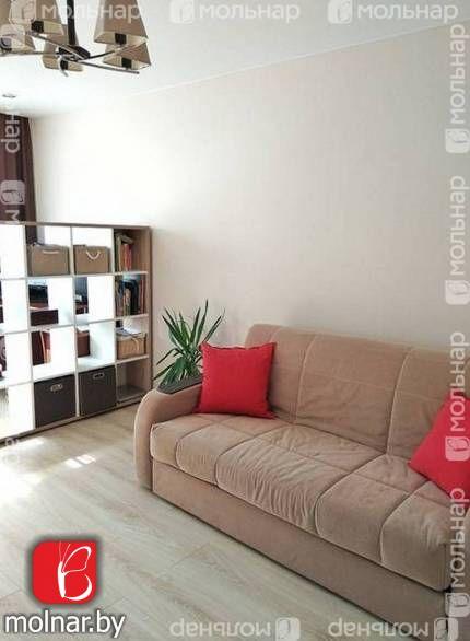 Продаётся трехкомнатная квартира на ул.Каролинская,14 с отличным ремонтом!