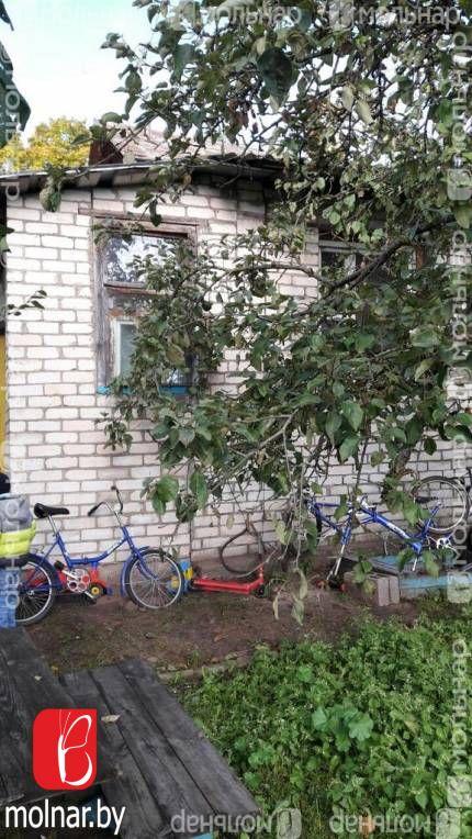 Продается 2-х комн. квартира в жилом доме с участком. п.Самохваловичи.