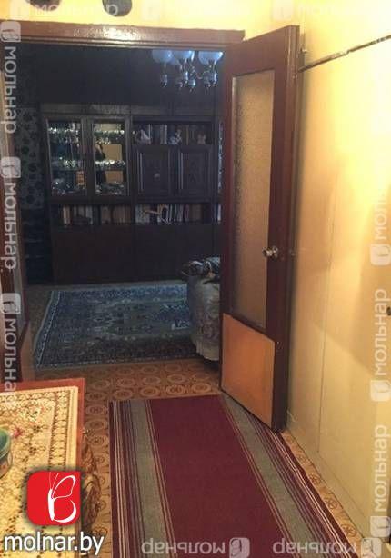 , 88  Продается трехкомнатная квартира чешской планировки в Заводском районе