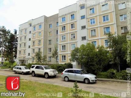 Продается 4-комнатная квартира в военном городке Уручье