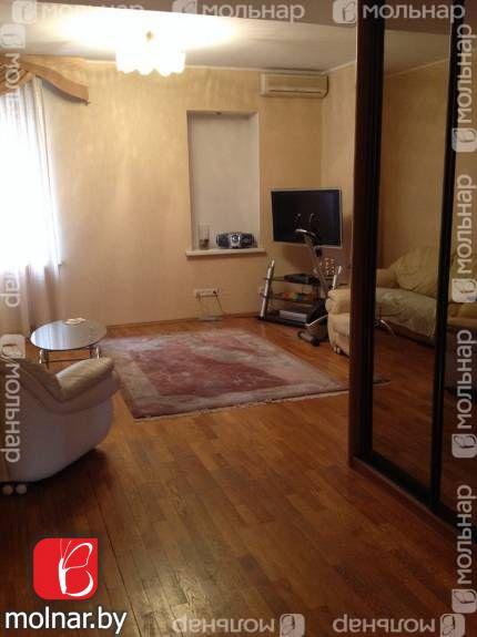 Продаётся 3-х комнатная  квартира в центре столицы. ул.Гвардейская,10