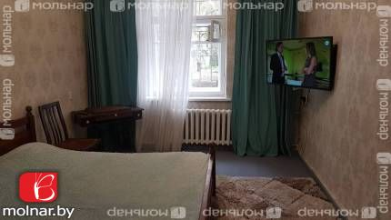 , 10  Продаётся просторная двухкомнатная квартира