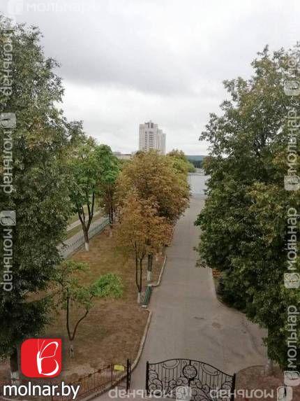 , 13  В продаже двухкомнатная квартира в г