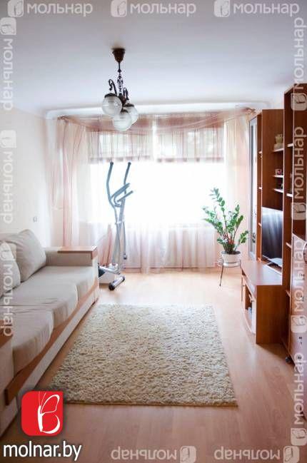 , 10  2-комнатная  квартира c хорошим  ремонтом в экологически чистом районе по ул
