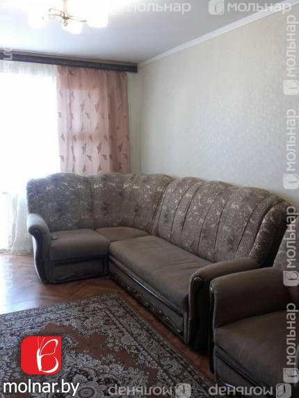 , 5  Продается 4-х комнатная квартира в обжитом зеленом районе