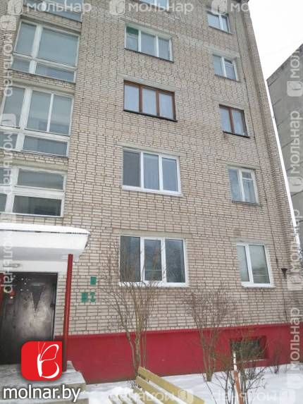 Продаётся просторная двухкомнатная квартира в п.Лесном. (Боровляны)