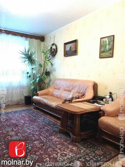 Продается четырехкомнатная квартира по улице Лынькова,11