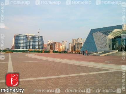 Продаётся 4-комнатная квартира в новостройке, возле метро Восток ул.Туровского,20