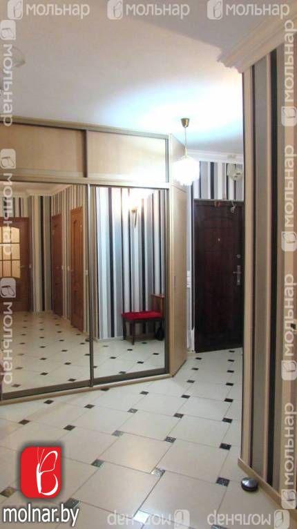 Продается квартира в экологически чистом районе. п.Ждановичи, ул.Парковая,3а