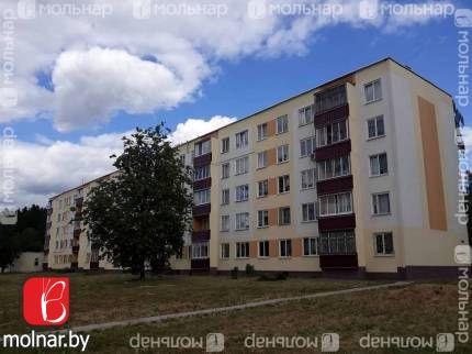 Продаётся трехкомнатная квартира по доступной цене в г.Фаниполь. ул.Комсомольская,16