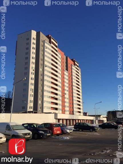 Продаётся просторная квартира с дизайнерским ремонтом в каркасно - блочном доме. ул.Лынькова,35