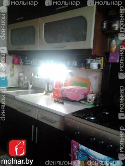 , 9  Продается  2-х комнатная квартира в центре, в теплом,кирпичном доме