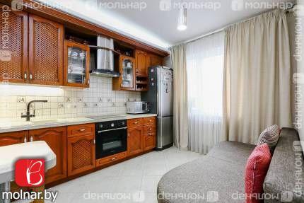 , 2  Продается двухкомнатная квартира в формате «заезжай и живи» рядом с парком!  пер