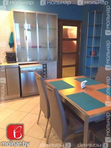квартира 3 комнаты по адресу Минск, Белорусская ул