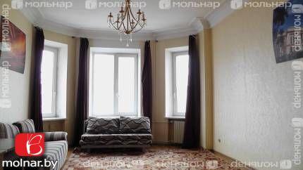 Продаётся двухкомнатная сталинка в центре. ул.Ульяновская,39