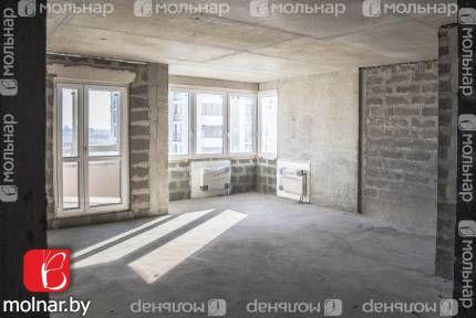 , 4  Квартира в Маяке-Минска! Окна выходят на Дом Милосердия! Юго-восточная сторона! Квартира очень светлая и теплая!  Метро Восток в 5 минутах ходьбы
