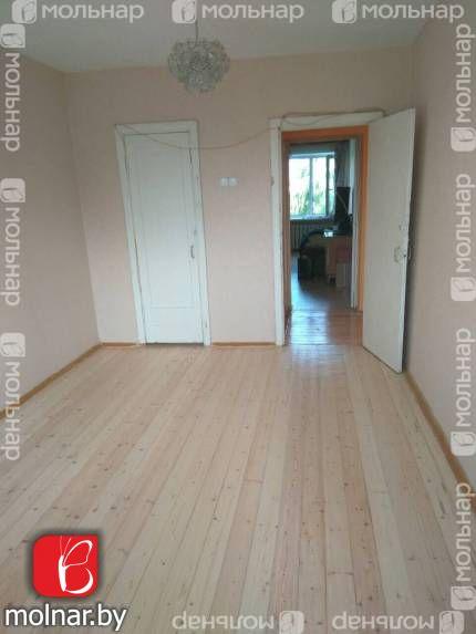 Продается 2-х  комнатная квартира по улице Аэродромная.