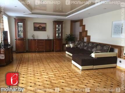 Двухуровневая квартира для большой семьи. 133 кв.м. Улица Янки Мавра 1. Кирпичный дом