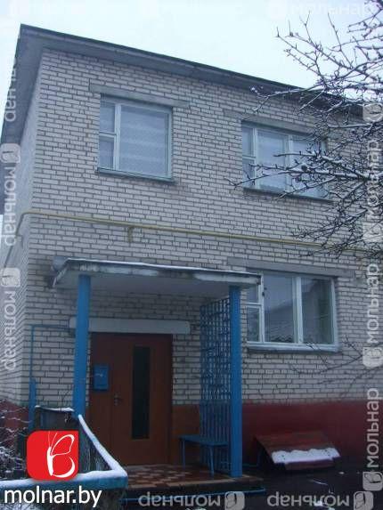 Продаётся 4-комнатная 2-х уровневая квартира в хорошем состоянии в  г. Осиповичи (п.Советский).