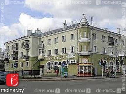 Продаётся сталинка с отличной планировкой недалеко от метро! ул.Щербакова,20