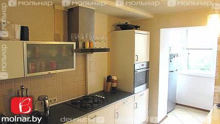 Продается 3-х  комнатная квартира  с качественным ремонтом. Логойский тр.9