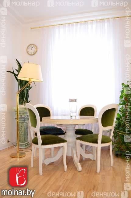 Продатся 4-х комнатная сталинка с мебелью. пр.Независимости,44