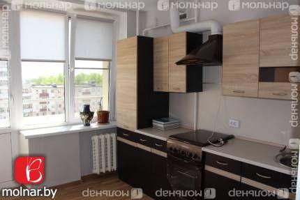Отличная 2-комнатная  квартира с раздельными комнатами в  кирпичном    доме по ул. Я. Коласа 67! Высота потолков 2.70 м