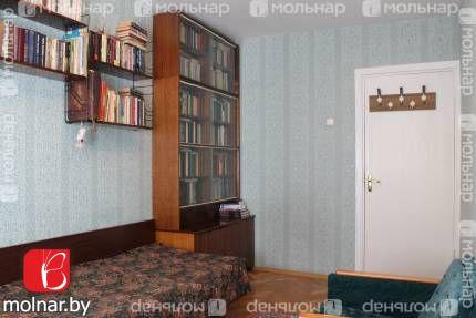 , 12  Продаем аккуратную 2-х комнатную квартиру стандартной планировки недалеко от станции метро Петровщина и ТЦ Магнит