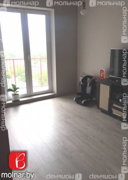, 35  Продаётся просторная квартира с дизайнерским ремонтом в каркасно - блочном доме