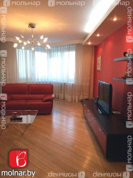 Продаётся 3-х комнатная квартира на берегу реки. ул. Белорусская,17