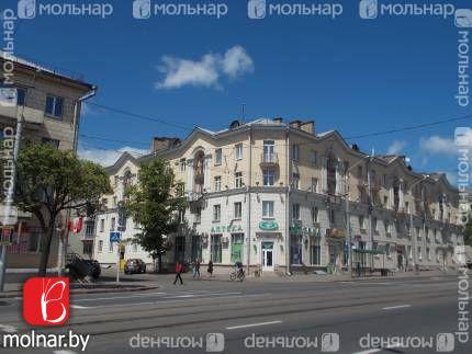 Продаётся отличная сталинка в центре г. Минска. ул.Я.Коласа,51 корп.1