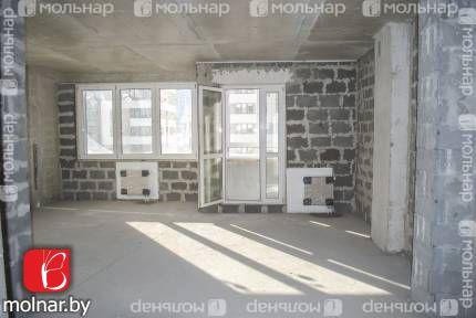 Продаётся просторная однокомнатная квартира. ул.Туровского,17в