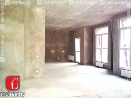 , 12  Продаётся просторная 3-х комнатная квартира на улице Туровского,12