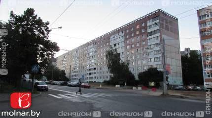 Продаём  просторную трехкомнатную квартиру. ул.Асаналиева,4