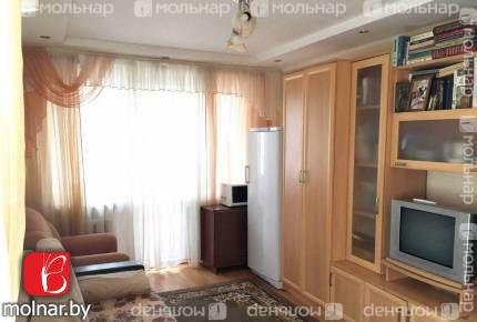 Продается 2-комнатная квартира возле МЕТРО!!Готова к проживанию!!