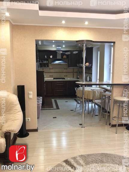 , 88  Продаётся трехкомнатная квартира с ремонтом и мебелью
