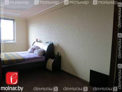 , 140  Продаётся двухкомнатная квартира в центре Минска с ремонтом