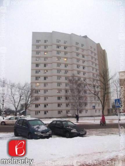 Продается 1- комнатная квартира  в кирпичном доме в начале Курасовщины. ул.Брестская,77а