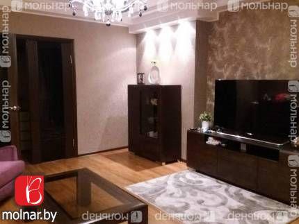 Продаю отличную трехкомнатную квартиру по ул.Лещинского