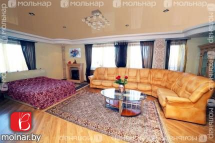 Продаётся просторная, светлая квартира с отличным ремонтом в центре столицы. пр.Победителей,57