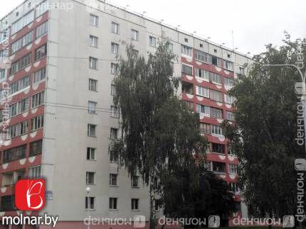 Продается 3-ая квартира рядом с торговым центром Титан.