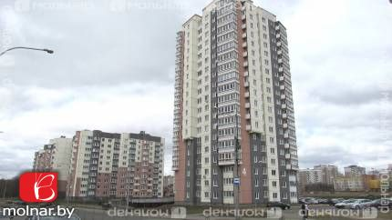 Светлая большая квартира с хорошим ремонтом и красивым видом из окон! ул.Карского,4