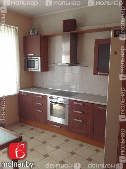 , 10  Продается 3-х комнатная квартира в элитном доме в центре города